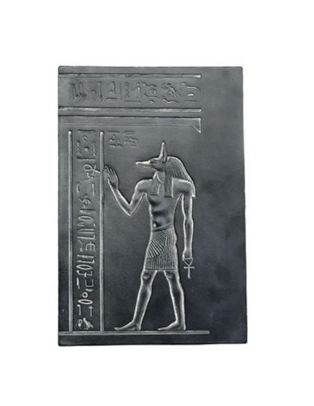 Anubis extendiendo el signo de la vida