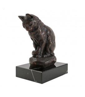 Cat seated by Antoine-Louis Barye