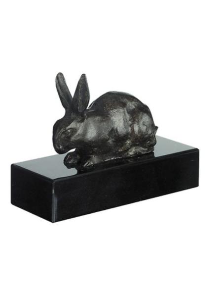 Conejo acostado por Antoine-Louis Barye