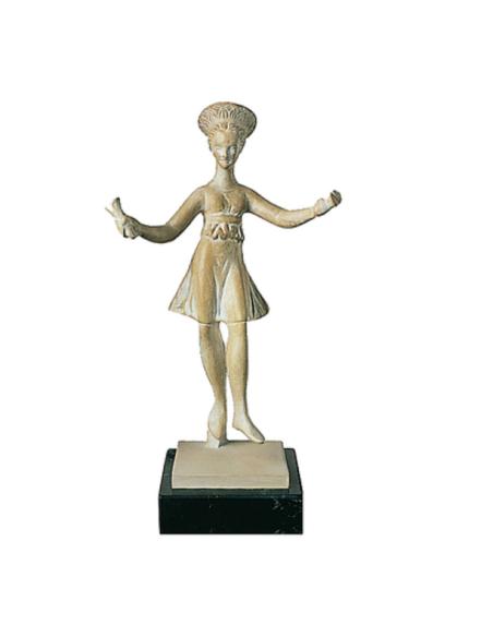 Bailarina con crótalos