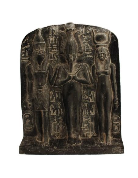 Fragment de la stèle de Dédia: Osiris, Horus et Isis