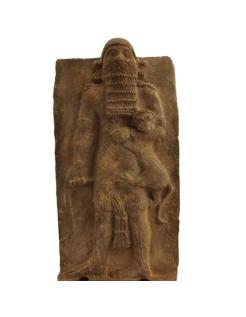 Gilgamesh maîtrisant un lion