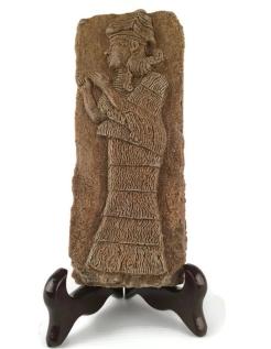Statuette divinité assyrienne