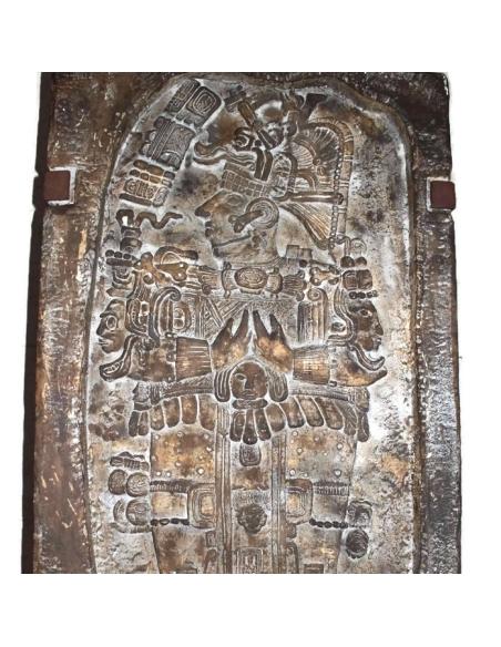 Mesa baja estela real Maya