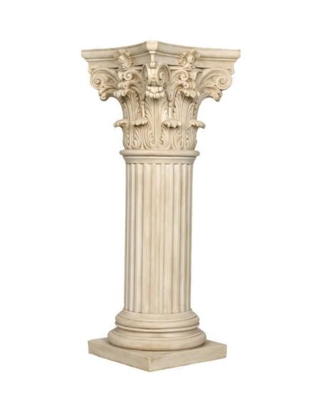 Decorative column with Corinthian capitel