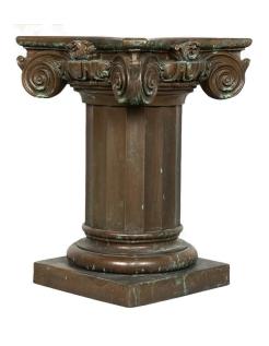 Pied de table avec chapiteau couleur bronze