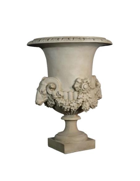 Vase aux béliers