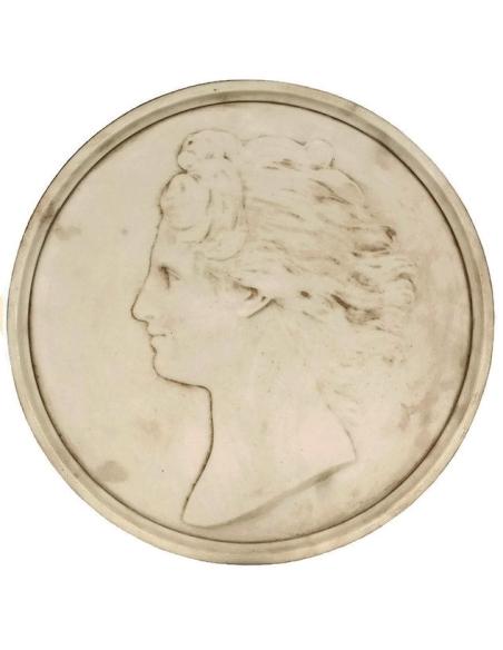Medallón rostro de mujer con el pelo suelto