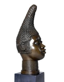 Buste africain par Miguel Fernando Lopez (Milo)