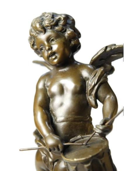 Petit ange au tambour par Hippolyte François Moreau