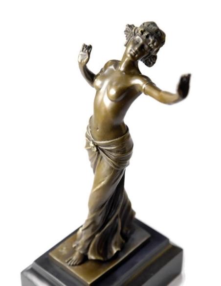 Danseuse demi nue par Ferdinand Preiss