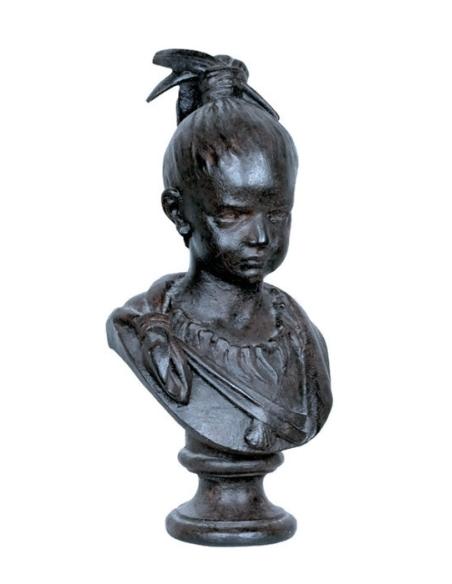 Busto de Nina en color negro