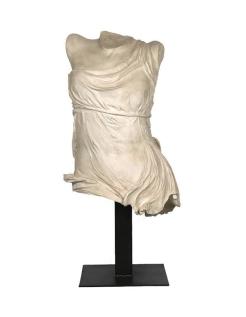 Torso victory of Samothrace - statue