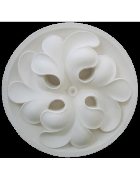 Quatrefoil clover spiral rosette - 14th century