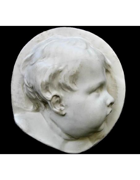 Enfant de profil côté droit style baroque holandais