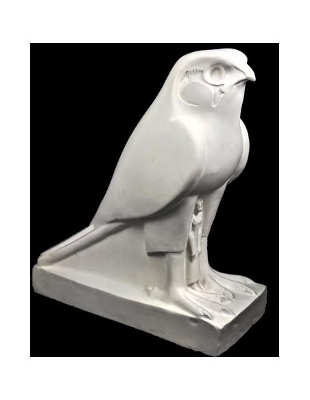 Statue du roi Nectanebo II protégé par Horus