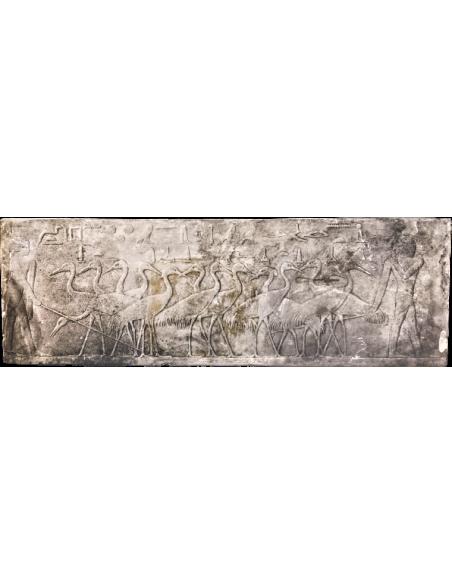 Egyptian low relief - necropolis of Saqqara Mastaba de Ti - farmers surrounding herons