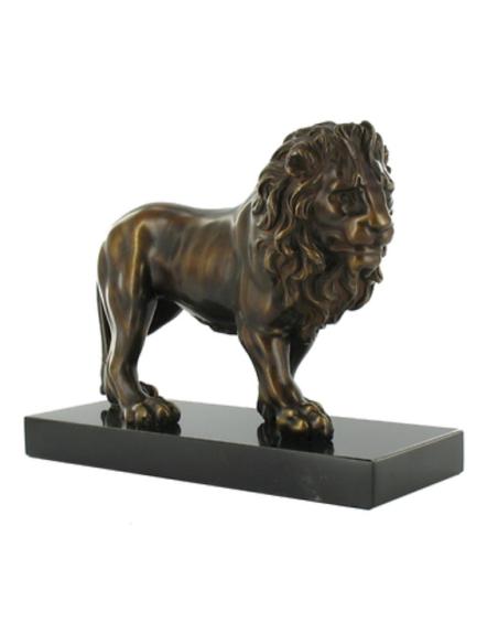 Lion marchant