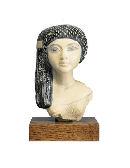 Hija de Nefertiti
